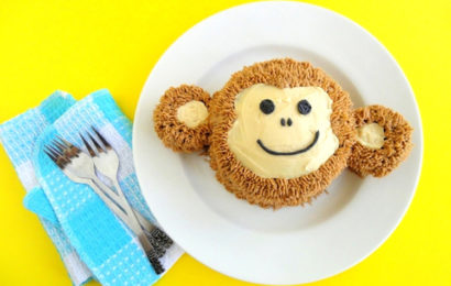 Bánh kem chúc mừng sinh nhật cho người tuổi Thân (Khỉ) dễ thương