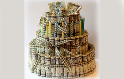 Hình ảnh bánh gato tiền chúc mừng sinh nhật độc đáo và ý nghĩa