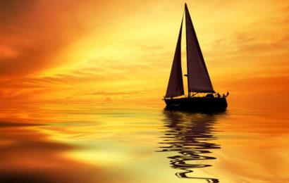 Tài liệu ôn thi THPT Quốc Gia chiếc thuyền ngoài xa của Nguyễn Minh Châu