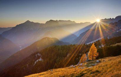 Top 30 ảnh bìa facebook về nắng vàng rực rỡ kèm status đầy ý nghĩa